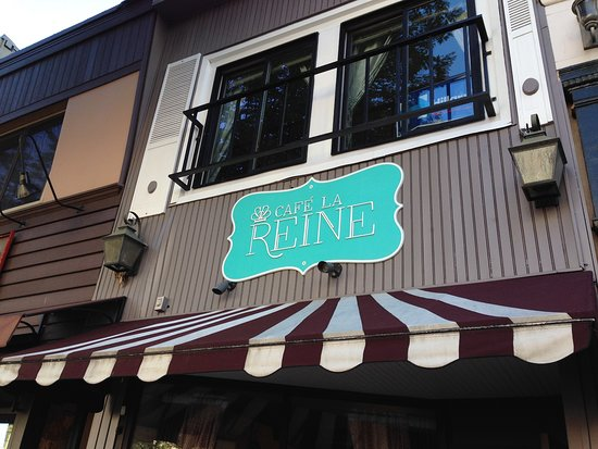 exterior-shot-of-cafe
